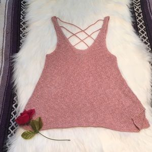 AMERICAN EAGLE OUTFITTERS- XS Pink crocheted shirt
